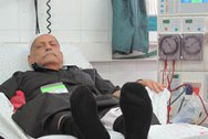 Khader Saqr (63) on a dialysis machine.
