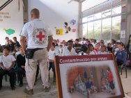 Schoolchildren in a town in Cauca department take part in the ICRC workshop on how to keep safe.