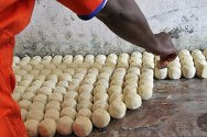 Monrovia Central Prison, Liberia. Detainees produce soap using raw materials provided by the ICRC.