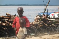 Tangbolosunju, Niger Delta, Nigeria. Children like these are the main beneficiaries of the ICRC health programme in the Niger Delta.