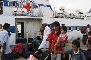 Trincomalee. Passengers disembark from an ICRC-chartered ferry after having been evacuated from the embattled town of Jaffna.