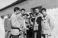 1959. Ksar Tir. Prisoners being released under the auspices of the ICRC.