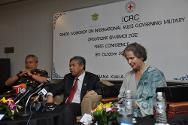Kuala Lumpur, Malasia. ICRC vice-president Christine Beerli, Malaysian defence minister YB Dato' Seri Dr Ahmad Zahid Hamidi (centre) and chief of defence Forces, Y. Bhg. Jen. Tan Sri Zulkifeli bin Mohd Zin (left) speak at the press conference that followed the opening ceremony of the 6th Senior Workshop on International Rules governing Military Operations (SWIRMO) 2012.