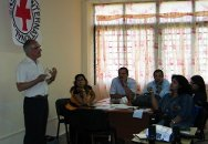 Dr Paul Bouvier (standing), ICRC health adviser and coordinator of the HELP courses, during a presentation.