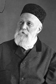 Henry Dunant in 1895, aged 67.