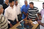 Basra. ICRC staff train technicians who work at water treatment plants.