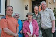 George Janzemis with the relatives he discovered after 66 years, thanks to the ITS.