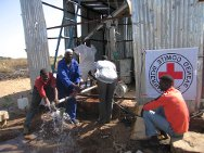 Buram, South Darfur. Water flows after a broken pump is replaced with the support of the ICRC.