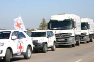 Syria. An ICRC/SARC convoy heads towards Dar'a, southern Syria.