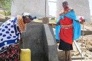 Kawalash, Isiolo District, Kenya. Women fetch water from a water point constructed by the ICRC in partnership with the Kenya Red Cross Society.