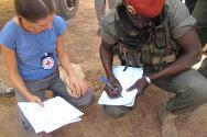 Aerodrome in Sam Ouandja. Signing of certificates between ICRC and Séléka for the release of the hostages.