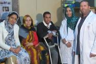 Mariem (second from the left) at the ICRC physical rehabilitation centre.