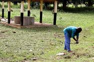 Kaga Bandoro. Ground being cleared near Kaga Bandoro hospital through an ICRC cash-for-work programme.