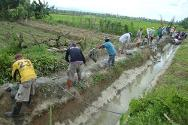 The community identified clearing their 1,000-metre irrigation canal as a priority for the cash-for-work programme.