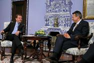 ICRC president Peter Maurer meets Russian prime minister Dmitry Medvedev.