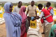 ICRC food distribution in El-jalle, Somalia.