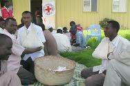 Abyei. First-aid training for volunteers from the Sudanese Red Crescent Society, supported by the ICRC.