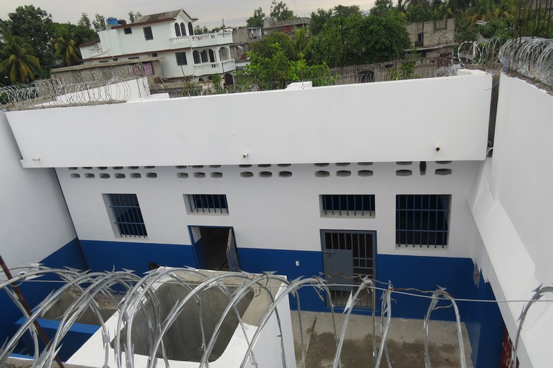 Haiti New Custody Area For Women In Les Cayes Prison Icrc