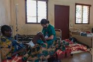 ICRC medical staff visiting Bangui's Community Hospital in the wake of the violence that has killed at least 53 people in the west of the country.