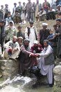 2004. Farmers living near Shaidan village, 45 kilometres west of Bamyian marked a special day on 20 July with the inauguration of a dam built with ICRC support.