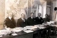 The governing board and directors of the League of Red Cross Societies in Geneva, in 1919.