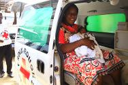 Thank's to the Red Cross of Côte d'Ivoire, this woman was able to give birth under optimum conditions.