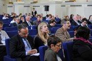 El simposio sobre las amenazas a la atención de salud celebrado en Londres convocó a trabajadores médicos y humanitarios de todo el mundo.