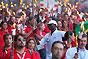 En todo el mundo, las Sociedades Nacionales de la Cruz Roja y de la Media Luna Roja, así como su Federación Internacional, son los socios naturales y privilegiados del CICR. La cooperación tiene como objetivo responder de manera concertada y rápida a las necesidades de ayuda humanitaria de las víctimas de conflictos armados o de otras situaciones de violencia.