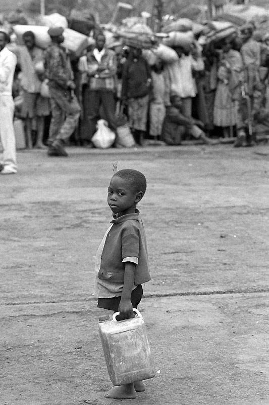150 ans d action humanitaire les enfants dans la guerre for Dans 150 ans