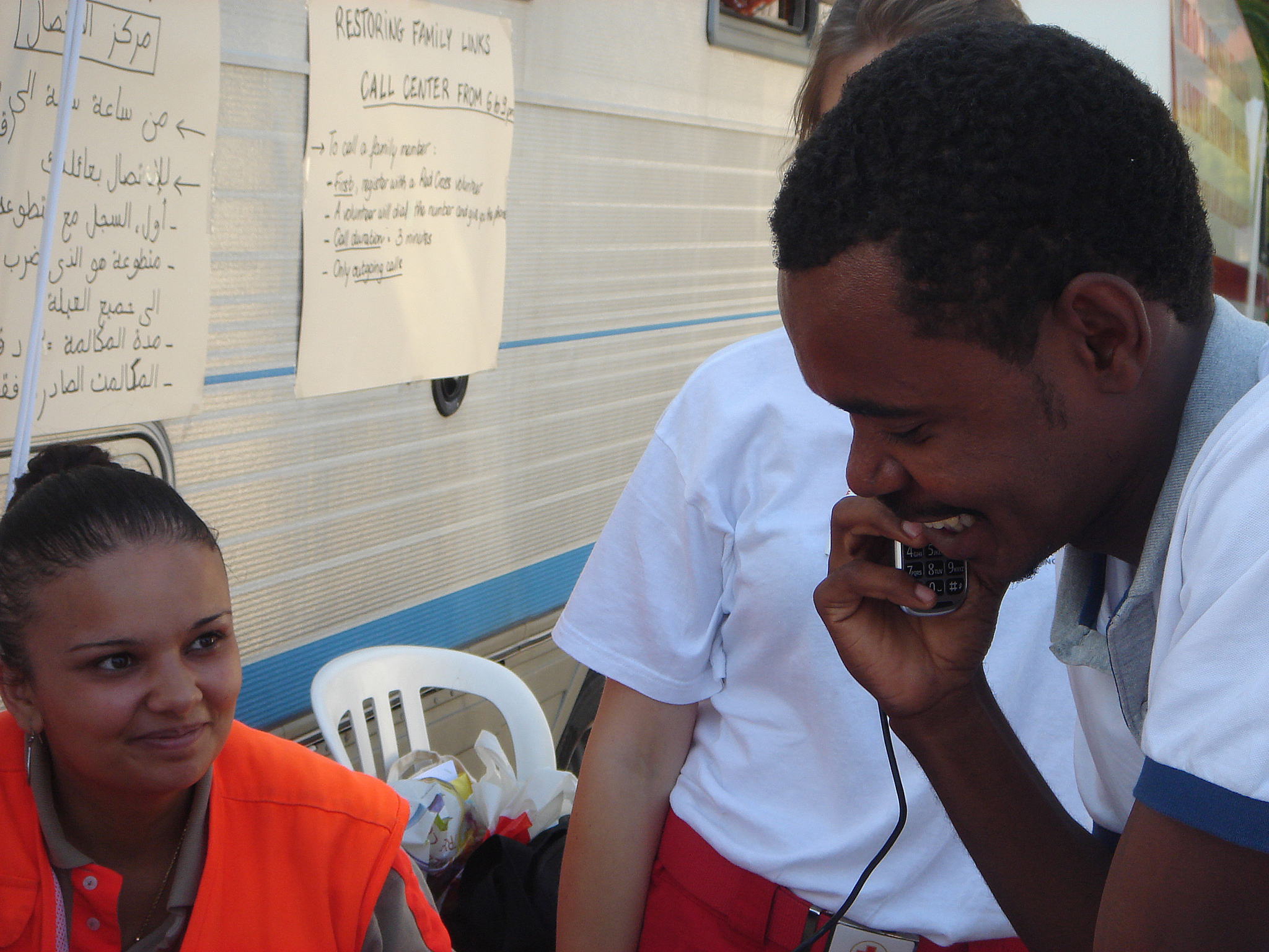 Thumbnail for France / Italy: Red Cross restores family links for migrants