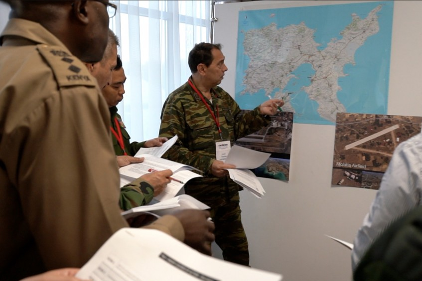 Moscow: 100 commanders attend biggest seminar in the world on rules of war