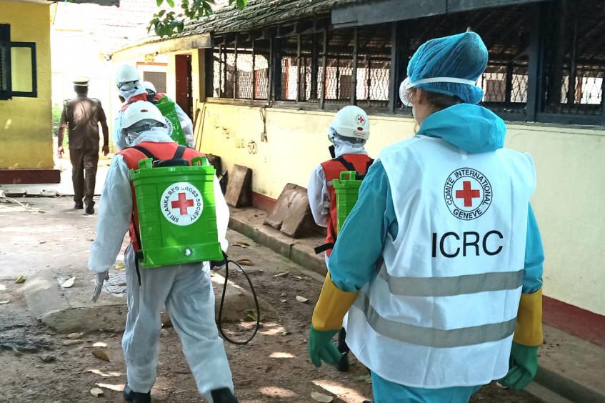 照片集:红十字国际委员会斯里兰卡代表处2020年的抗疫行动