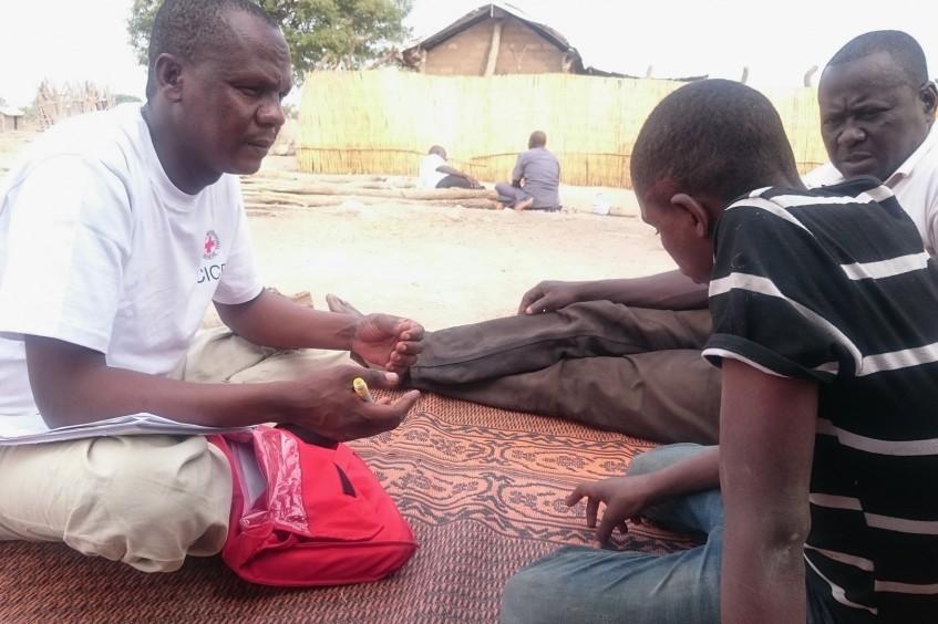 Ilyassa, 14 Jahre alt und seit 5 Jahren von seiner Familie getrennt.
