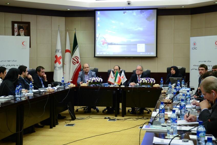 Iran: Bewältigung der Problematik von Gewalt gegen Mitarbeiter des Gesundheitswesens