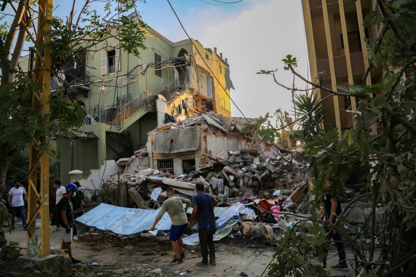 """لبنان: ضربات متعاقبة تُخلف """"ندوبًا غائرة خفية"""" لدى الناس"""