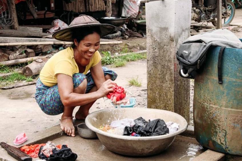 Kachin: el alivio fluye gracias al sistema de suministro de agua en el campamento de desplazados internos