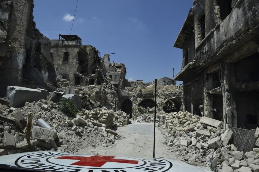 В разгар экономического кризиса люди гибнут каждый день из-за отсутствия гуманитарного доступа