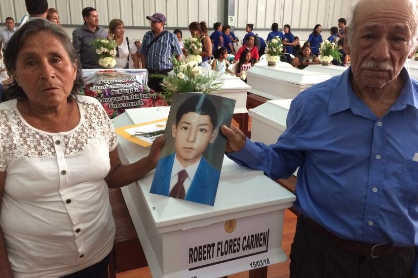 Würdige Bestattung für Menschen, die während der bewaffneten Gewalt in Tingo María verschwanden