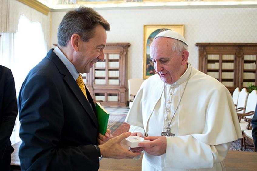 El presidente del CICR aborda cuestiones humanitarias con el Papa Francisco
