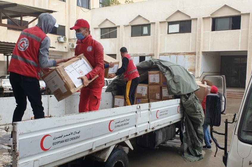 اللجنة الدولية تتبرع بإمدادات طبية ومعدات حماية للمرافق الصحية في شمال سيناء