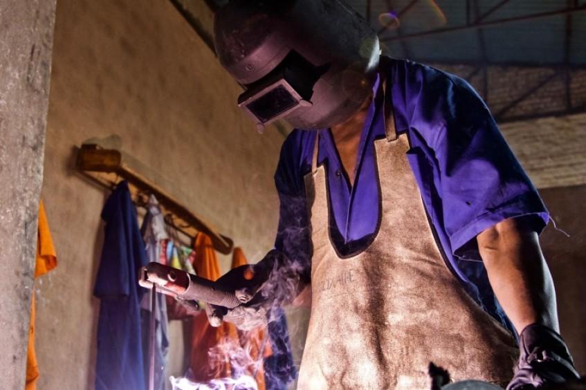 Ruanda: uso de biogás em prisões promove trabalho e reduz impacto no meio ambiente