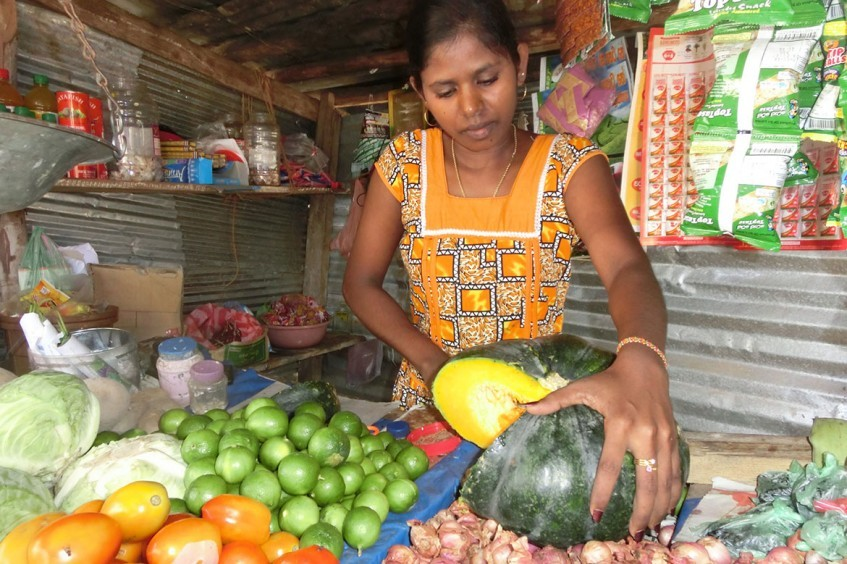 Sri Lanka: pessoas afetadas pelo último conflito recuperam estabilidade econômica