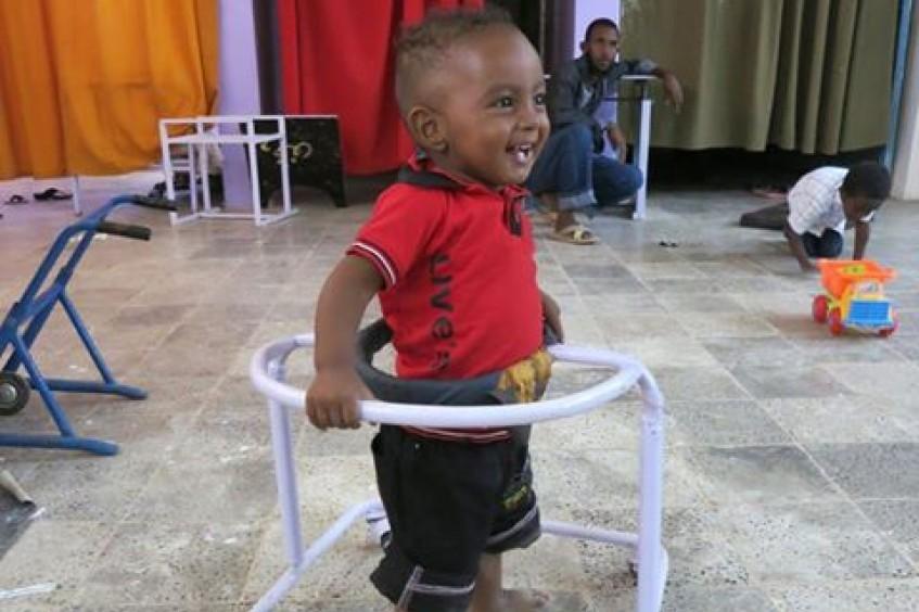 Sudão: crianças que nascem com deficiência recebem tratamento