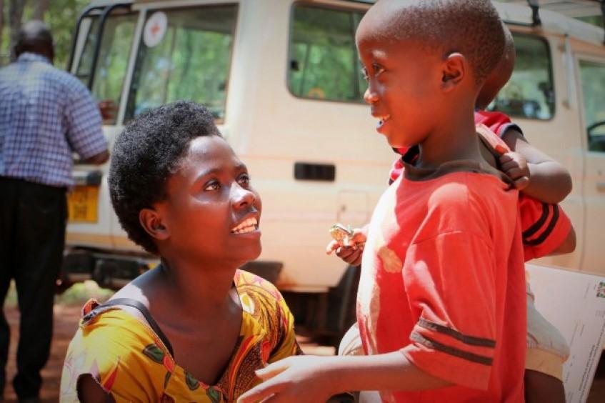 Tanzania: una familia de Burundi recorre un largo camino para reencontrarse