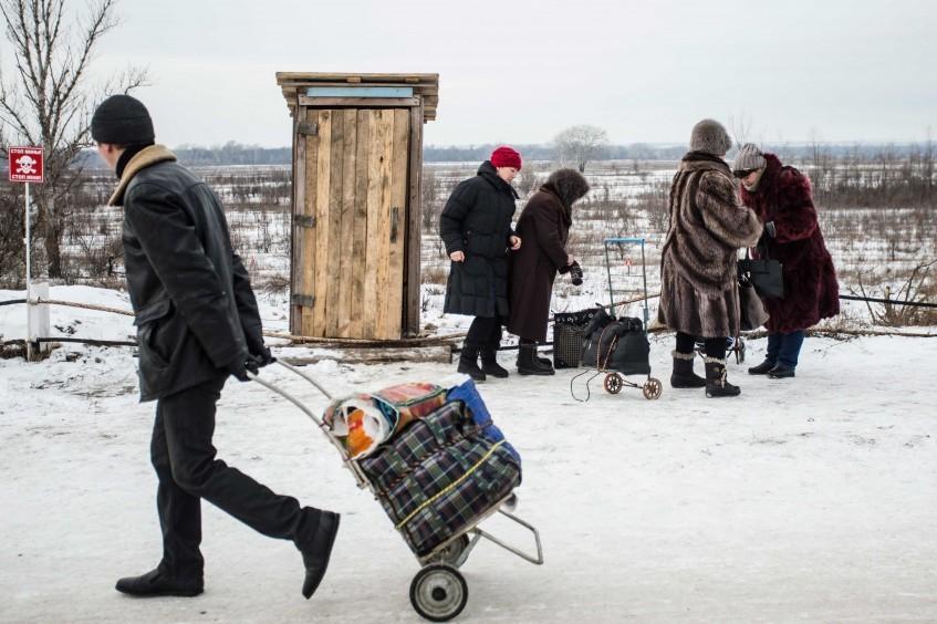 Ucrânia: presidente do CICV alarmado com agravamento das condições dos civis na linha de frente