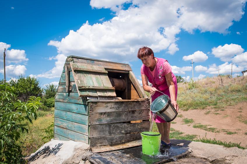 """""""Going with the flow"""": Sicherung des Zugangs zu Wasser in der Ostukraine"""