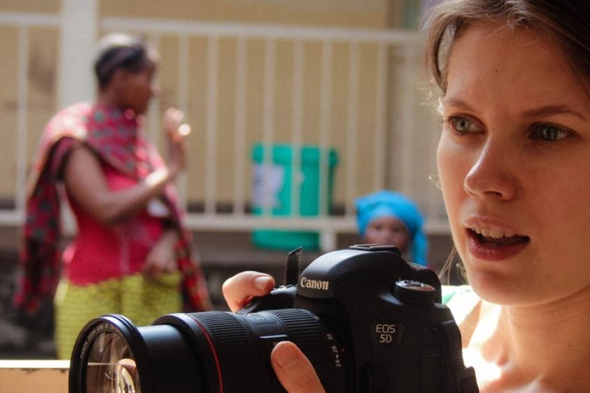 ДР Конго: женщина в МККК, или улыбка меняет мир