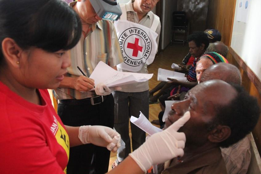 Indonesia: ayuda para recuperar la vista en Papúa