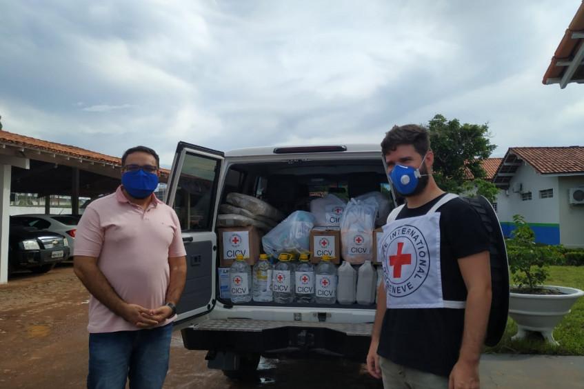 Brasil: Comitê Internacional da Cruz Vermelha doa produtos de higiene e EPIs a hospital de Pacaraima