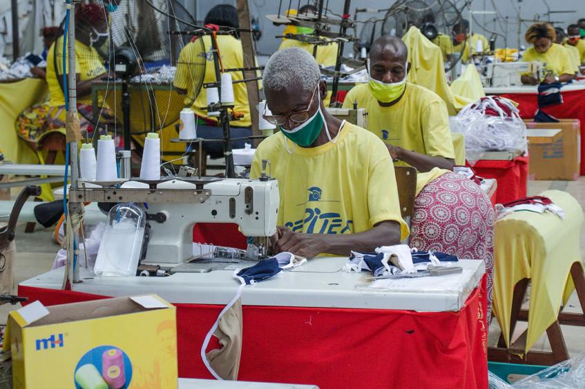 Côte d'Ivoire, Guinée et Togo : chaque détenu reçoit deux masques en tissu